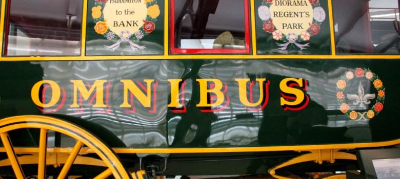 Londres - Omnibus by Aurélie (CC BY-SA 2.0) https://flic.kr/p/dH9VMQ