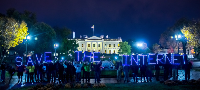 Protest at the White House for Net Neutrality by Joseph Gruber (CC BY-ND 2.0) https://flic.kr/p/p294TD