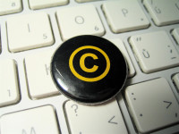 Copyrighted button by ntr23 (CC BY-NC-SA 2.0) https://flic.kr/p/7jvE7i