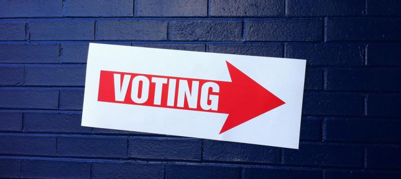Voting by justgrimes (CC BY-SA 2.0) https://flic.kr/p/8Q9NPn