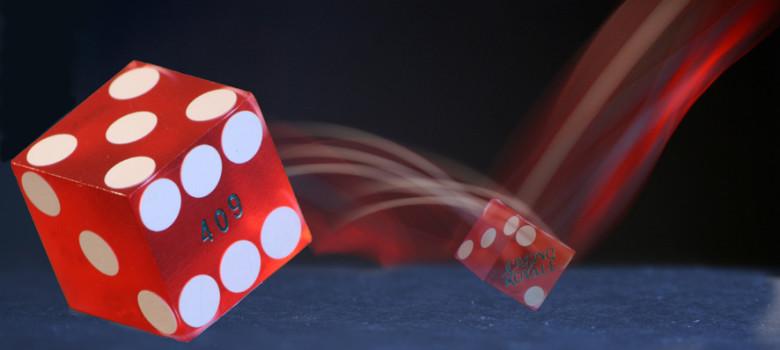 Gambling by Alan Cleaver (CC BY 2.0) https://flic.kr/p/4ntZz8
