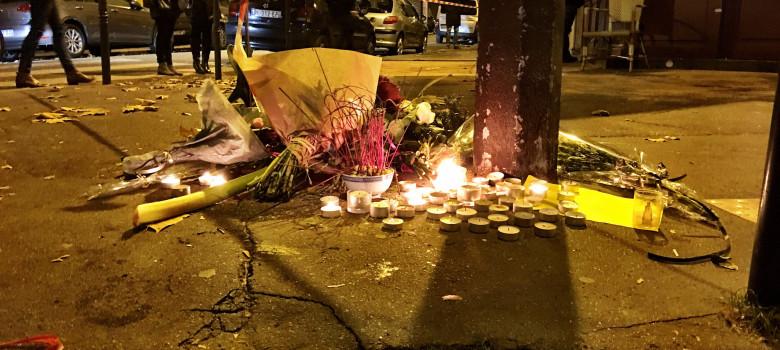 Paris November 2015 by Roberto Maldeno (CC BY-NC-ND 2.0) https://flic.kr/p/Bd5BLe