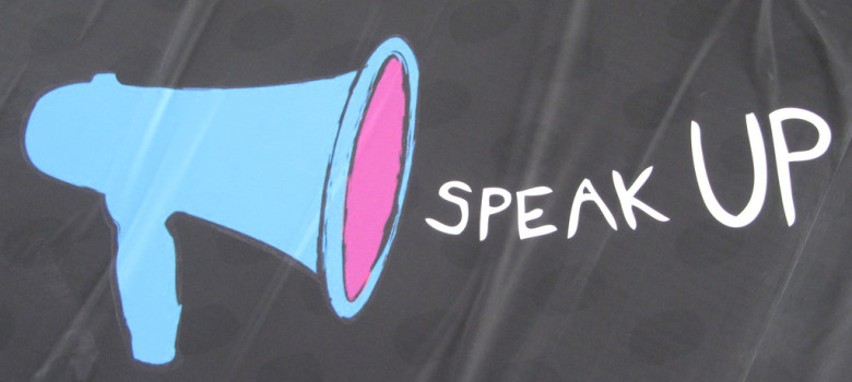 Speak up, make your voice heard by Howard Lake (CC BY-SA 2.0) https://flic.kr/p/9rAjnQ http://www.emergencydentistsusa.com/cost/