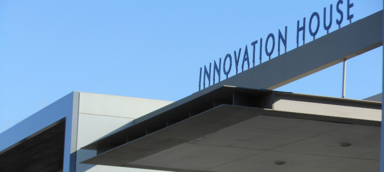 Innovation House by Michael Coghlan (CC BY-SA 2.0) https://flic.kr/p/aYb4b8