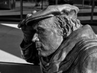 Glenn Gould, CBC, Toronto by Chris Beckett (CC BY-NC-ND 2.0) https://flic.kr/p/LoHFA1
