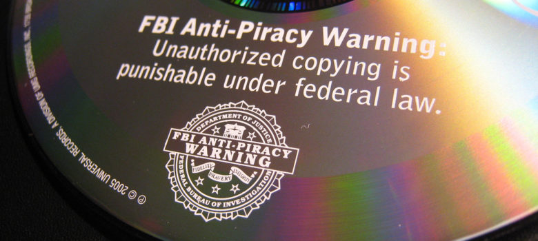 FBI Anti-Piracy Warning! by Shunsuke Kobayashi https://flic.kr/p/2HJmHK (CC BY 2.0)