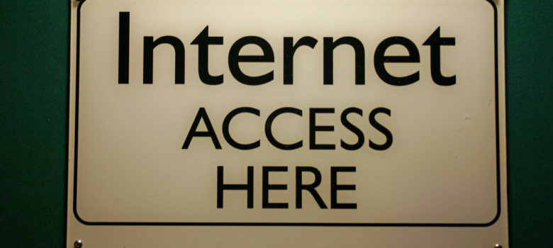 Internet Access Here Sign by Steve Rhode (CC BY-NC-ND 2.0) https://flic.kr/p/5Ricfg