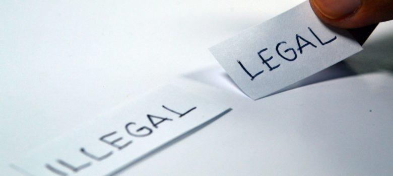 Ramdlon CC0 Creative Commons https://pixabay.com/en/legal-illegal-choose-choice-1143114/