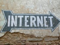 internet by j f grossen (CC BY-NC 2.0) https://flic.kr/p/4obWYe