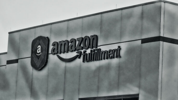 Amazon by raymondclarkeimages (CC BY-NC 2.0) https://flic.kr/p/FUV38U