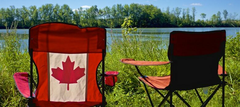 Summer is still here - in Canada by Jamie McCaffrey (CC BY-NC 2.0) https://flic.kr/p/LRkEtp
