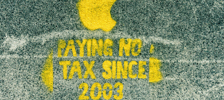 Protesting Against Apple's Tax Policy - Dublin Street Art by William Murphy (CC BY-SA 2.0) https://flic.kr/p/nhLhoz