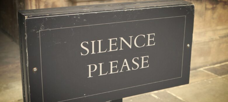 silence please by Funmilayo (CC BY-NC-ND 2.0) https://flic.kr/p/eKcQXU