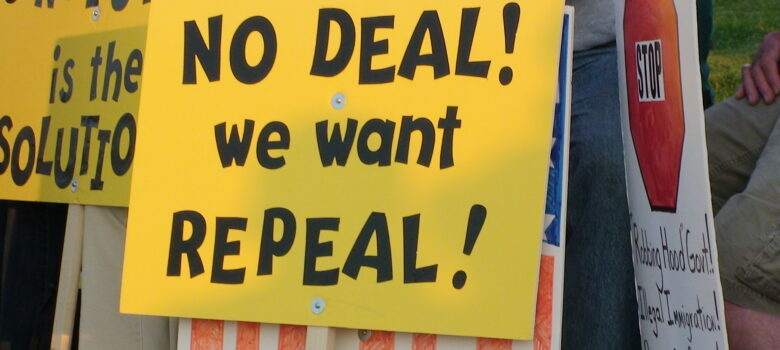 Repeal ObamaCare by NOBama NoMas (CC BY-SA 2.0) https://flic.kr/p/7U5fEE